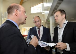 Martin Brandt (KLOK Kooperationszentrum Logistik e.V.), Risto Wallin (Kouvola Innovation) and Heikki Lahtinen (Limowa ry).